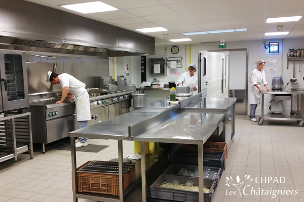 Restauration ehpad les chataigniers - Cuisine therapeutique ehpad ...